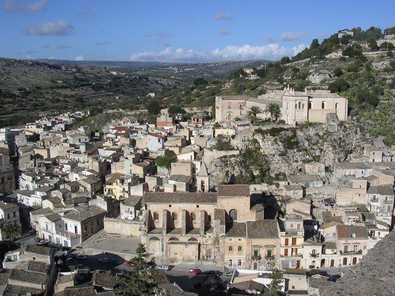 Scicli - Panorama e Chiesa Santa Maria della Consolazione